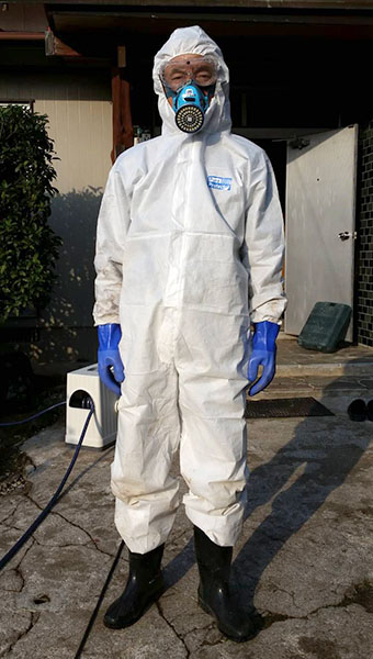 特殊清掃時の作業服